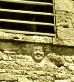 Visage de Madame Charmetant sur l'église de Vilette-de-Vienne
